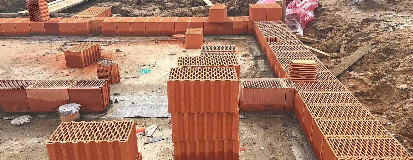 Возведение стен из керамического блока